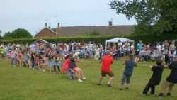 Fete tug-of-war 2014